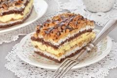 Ciasto Snicers - ciasto z orzechami włoskimi i masą snicersową, na wagę