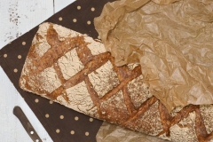 Chleb Domowy - chleb żytnio-pszenny, sprzedawany na wagę